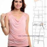 blusa rosa com gola drapeada