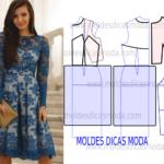 vestido em renda transparente azul